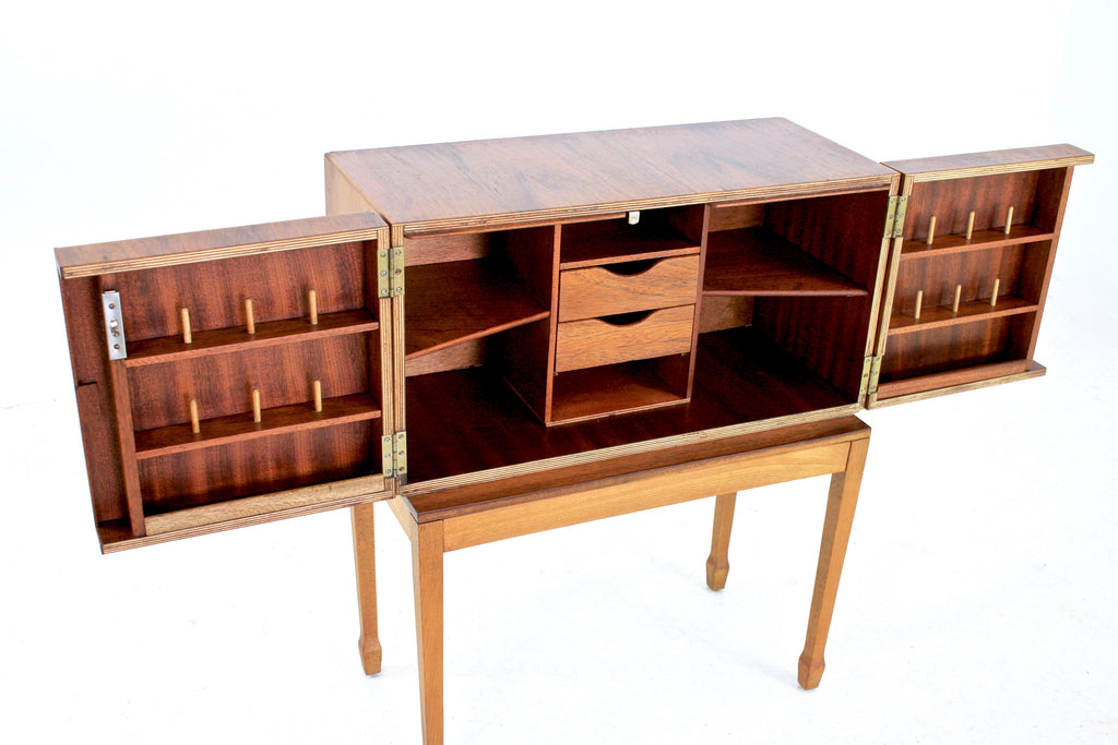 MID CENTURY DISPLAY CABINET IN WALNUT - FREE SHIPPING