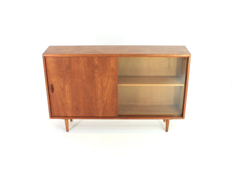 MID CENTURY DANISH DISPLAY CABINET / BOOKCASE