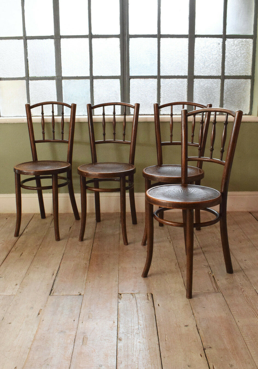 Set of 4 Antique Bent Wood Thonet Dining Chairs