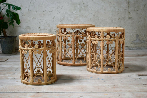 Beautiful Set Of Vintage Peacock Wicker Nesting Stools