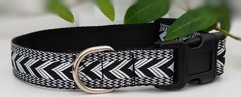 Black & White Chevron Dog Collars & Leads