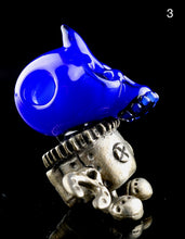 Aquarius Medium Skull Bot Kinetic Pendants