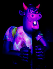 Scomo & Rob Morrison Crushed Opal UV Scribble Mad Cow