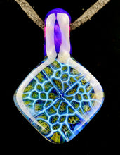 Hefe Fume Cell Pendant with Royal Jelly Bail