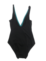 COCO REEF-U84310-One piece twist maillot - Sizes and colors available - Realforlesscorp