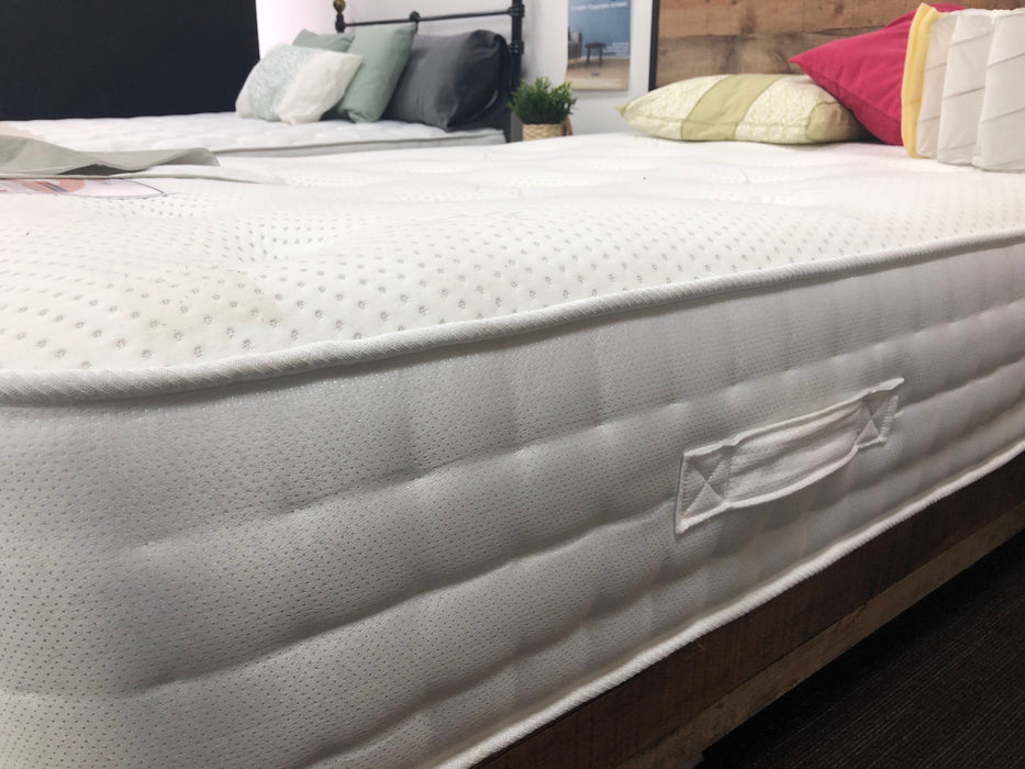 Silk 1000 Pocket Dual Season Mattress