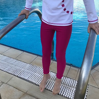 Magenta swim leggings
