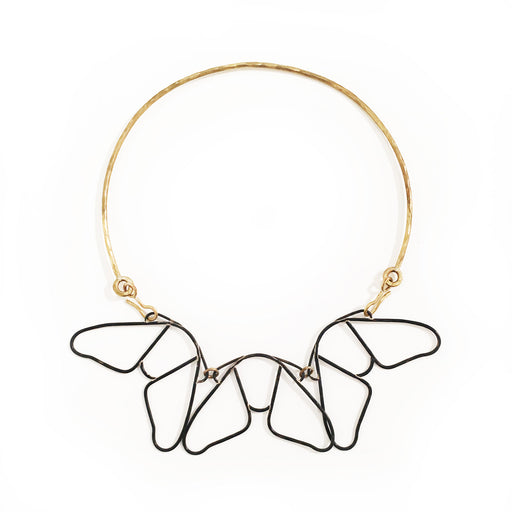 Holly Bobisuthi, Moth Collar