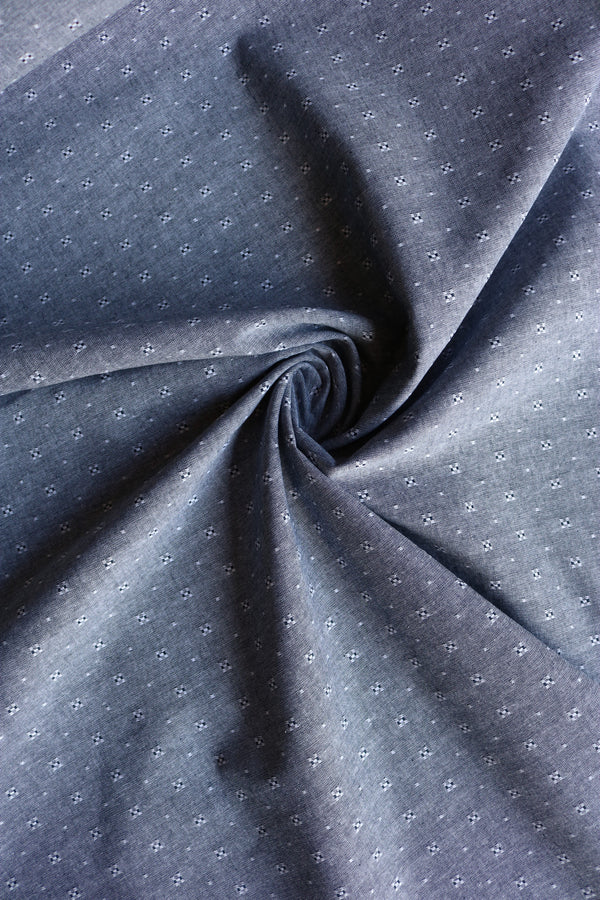 Robert Kaufman Spaced Dot Chambray Union