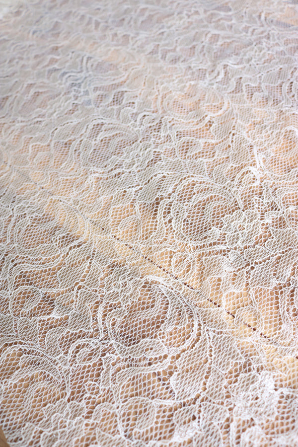 Sand Stretch Lace