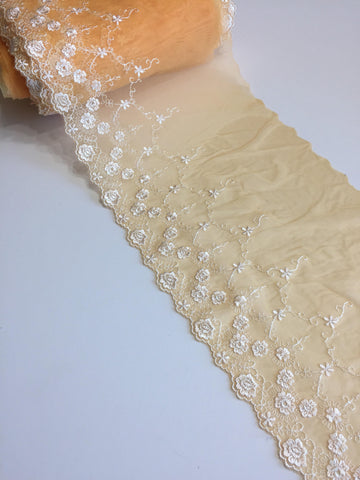 "Clementine & White 8"" Wide Embroidered Lace Trim"