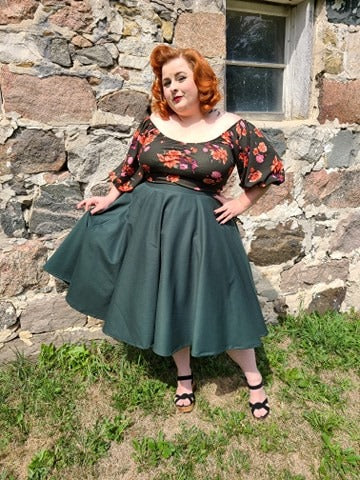 Mid Sleeve Molly Top - Hunter Green Floral - Retro Peaches Vintage Dresses
