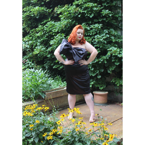 Isabel Dress - Black - Retro Peaches