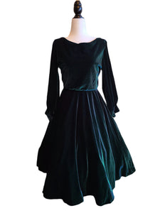 Judy Dress - Green Velvet - Retro Peaches
