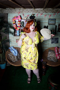 Luau Skirt - Retro Peaches