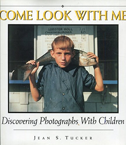 Come Look With Me: Discovering Photographs With Children