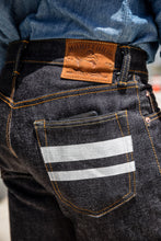Momotaro - High Tapered - 18oz Zimbabwe w/ Battle Stripes