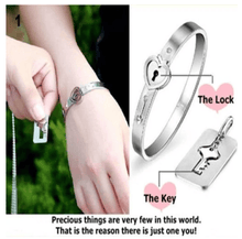 Load image into Gallery viewer, Heart KeyLock Bracelet & Key Necklace Set