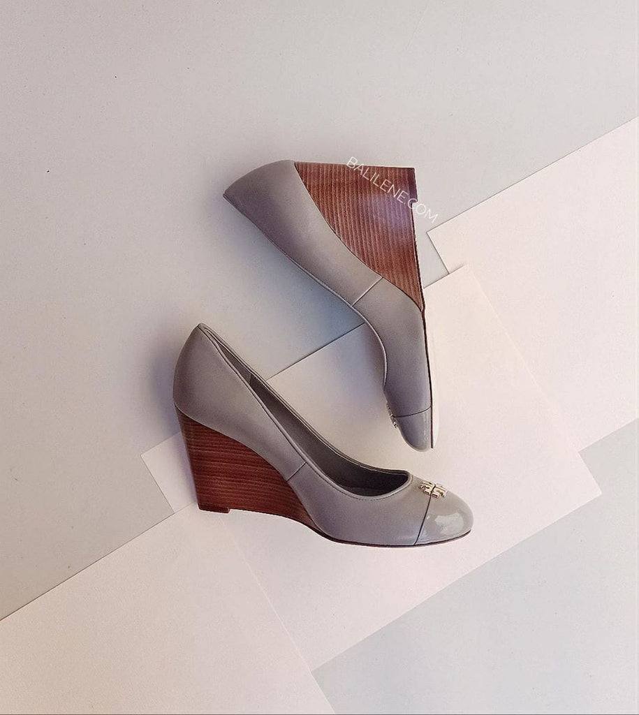 Tory Burch 46310 Jolie 85Mm Leather Wedges French Grey (Size 7)