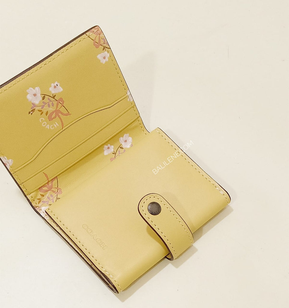 Coach F27100 Small Wallet Trifold Sunflower
