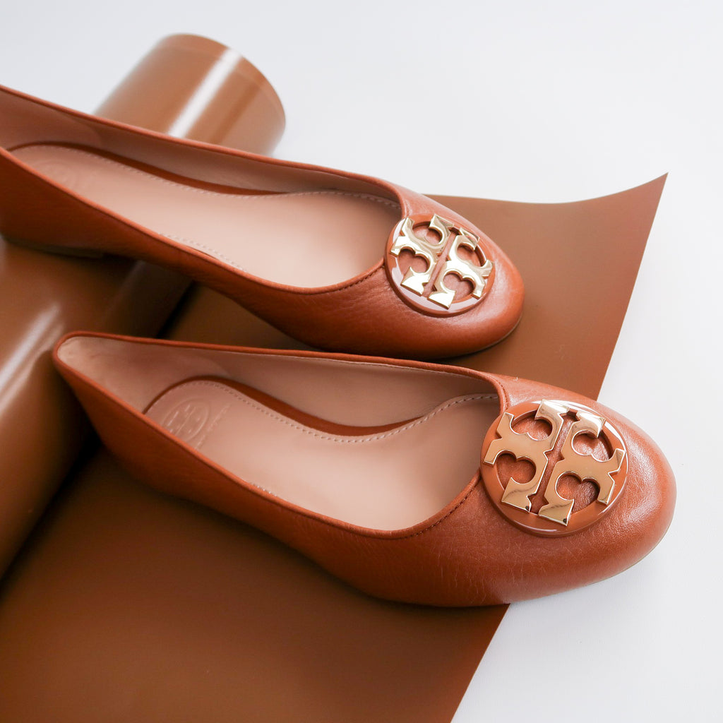 Tory Burch 43394 Claire Ballet Tumbled Leather Flats Royal Tan (Size 7 4e38976670