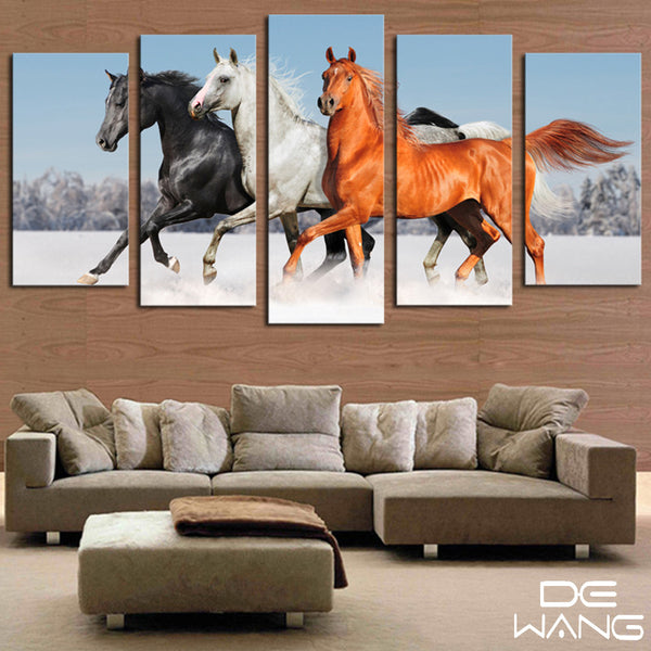 5 panel wall art canvas of 3 horses