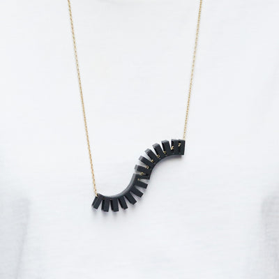 Lil Wave Necklace