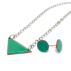 Enamel emerald earrings and pendant set