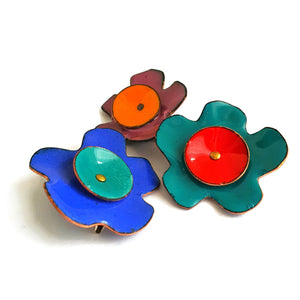 Enamel flower brooch