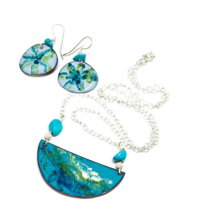 Enamel seashores earrings and pendant set