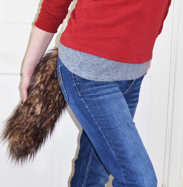Brown Wolf Tail Fox Faux Fur - Morphe