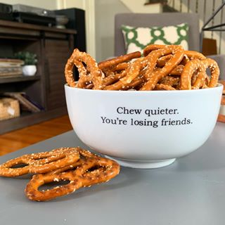 Chew Quieter Snack Bowl