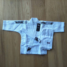 "Load image into Gallery viewer, ""Future 2.0"" 335 Kids Judo Gi Black - IPPON GEAR"