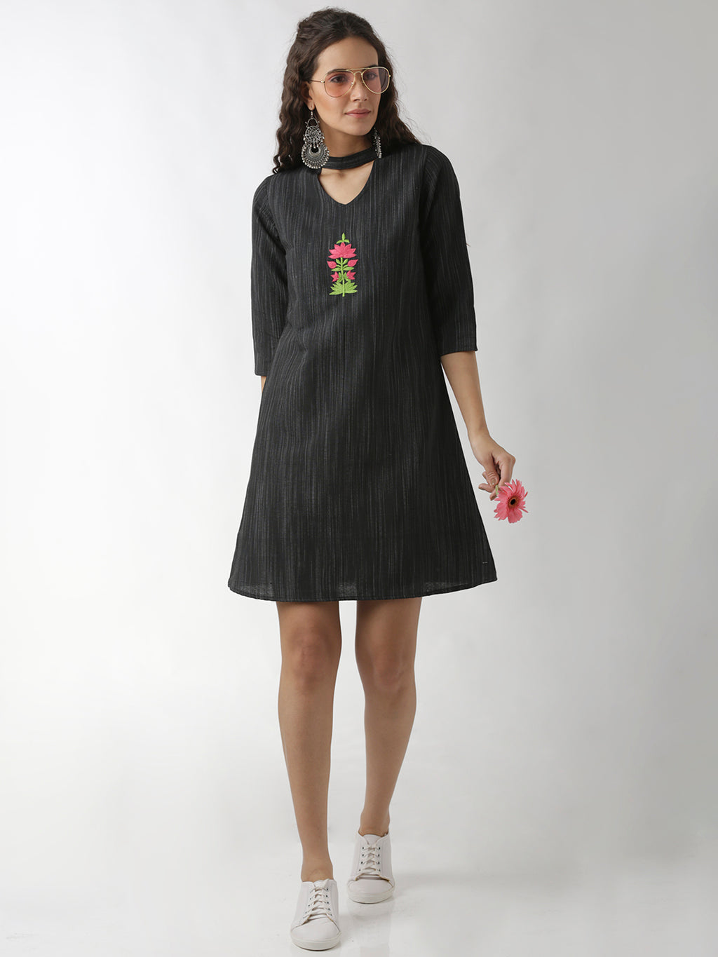 Breya Statement Neck Black Floral Embroidered Kurta