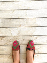 Load image into Gallery viewer, Women's Kilim Slippers size 38 (US size 8)