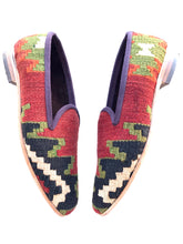 Load image into Gallery viewer, Women's Kilim Slippers size 36 (US size 6)