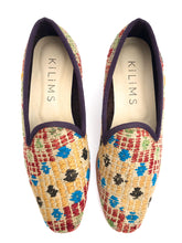 Load image into Gallery viewer, Women's Kilim Slippers size 40 (US size 10)