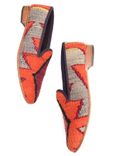 Load image into Gallery viewer, Men's Kilim Slippers size 43 (US size 10)