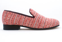Load image into Gallery viewer, Women's Pink Chenille Tapestry Slippers