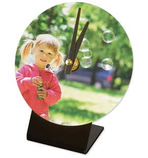 This 12cm circular desk clock can be personalised with the image, design or logo of your choice. The personalised clocks have a glossy finish making them an attractive element on your desk or table.