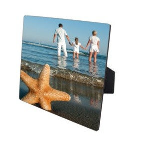 These square panels with easel is a perfect way to add great photos to your room without holes in the wall. The high gloss shows you pics to perfection 150 x 150mm