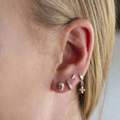 The Small Skull Stud in 9kt Gold (single)