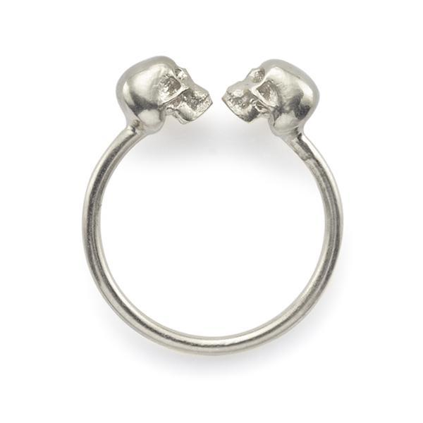 The Silver Kissing Skull Ring