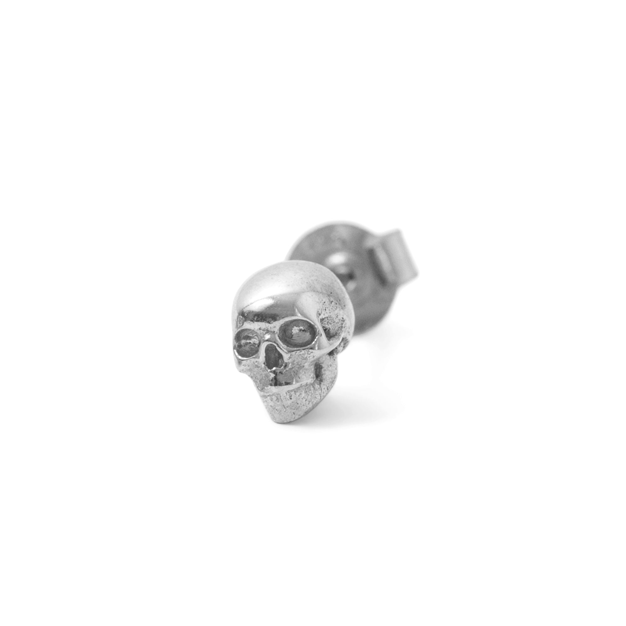 The Small Skull Stud in Silver (Single)