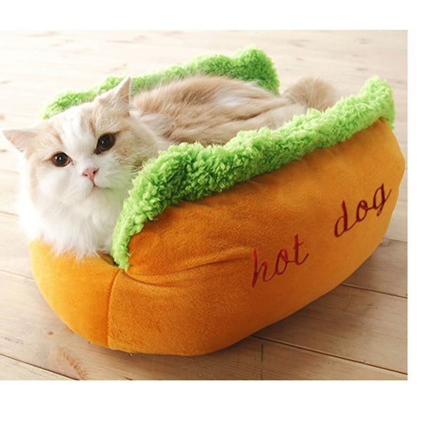 Cute And Comfy Hot Dog Pet Bed (Perfect For This Winter)