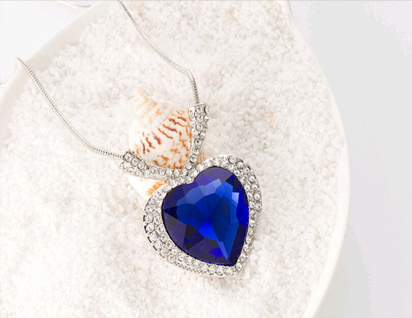 Heart Of The Ocean Pendant Necklace