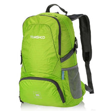 30L BIG and Lightweight Foldable Backpack > Waterresistant