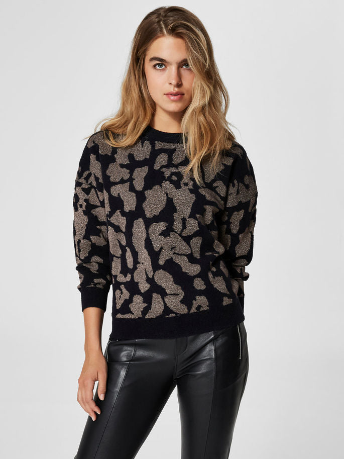 Leona Sweater in Sand Dollar and Black