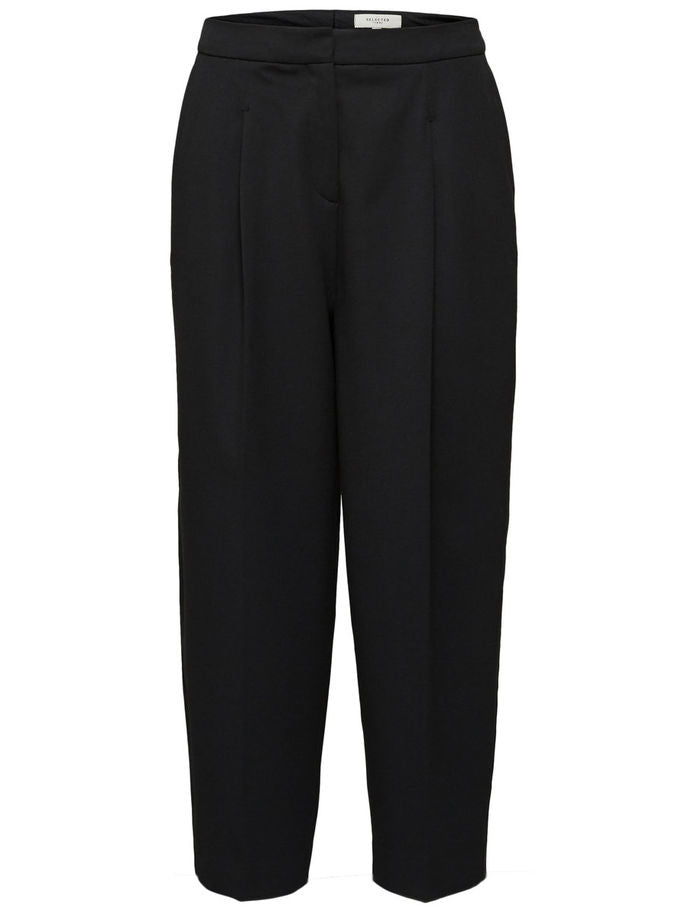 Hia Cropped Trousers in Black