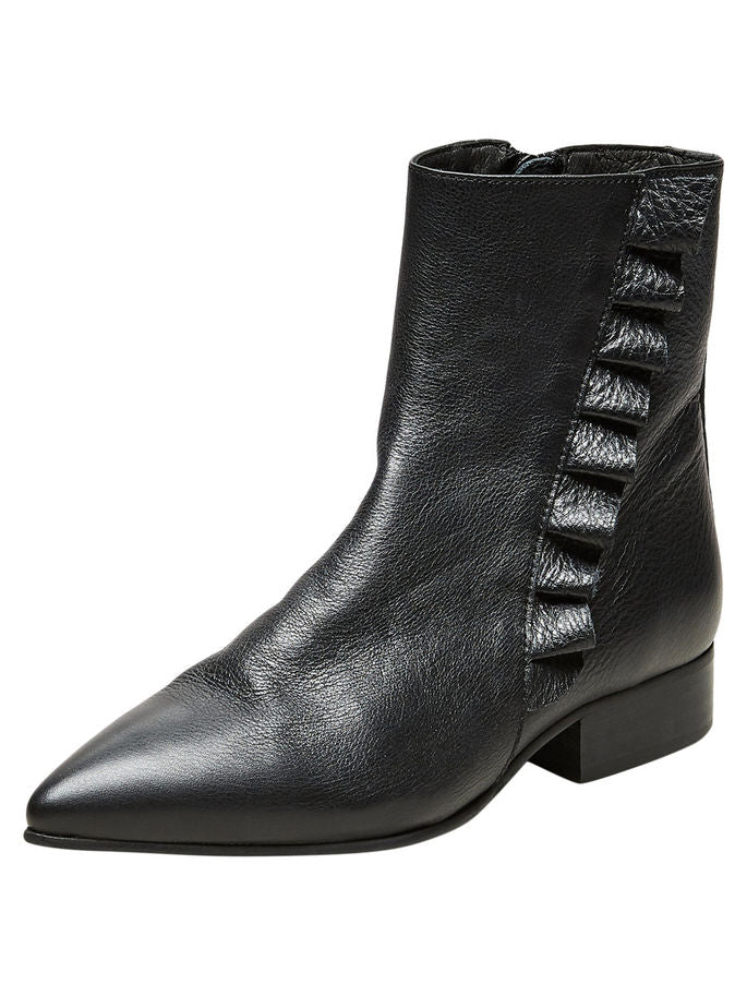 Alexia Frilled Boots in Black